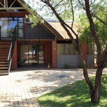 Maroela treetop lodge accommodation